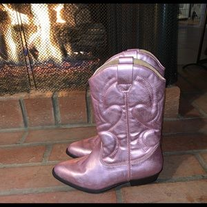 NEW Girls Pink Metallic Cowgirl boots size 4